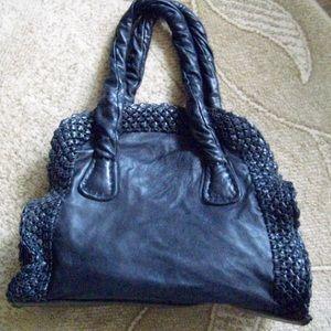 Gorgeous black leather David & Scotti handbag